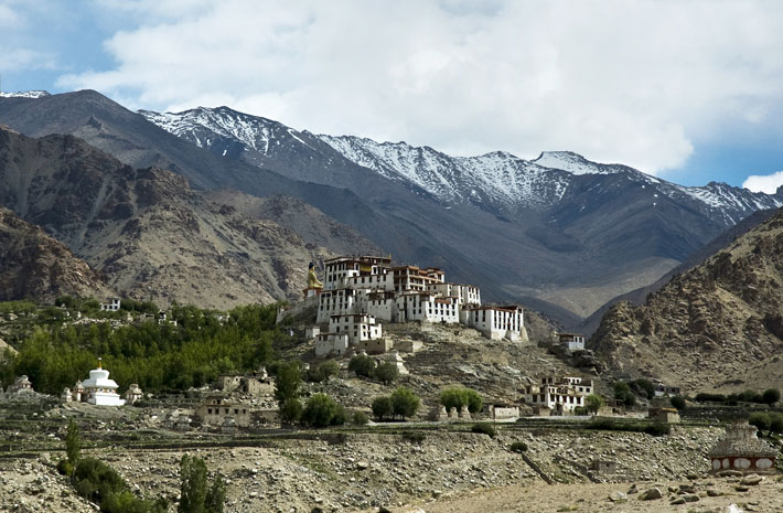 safari through ladakh with festivals